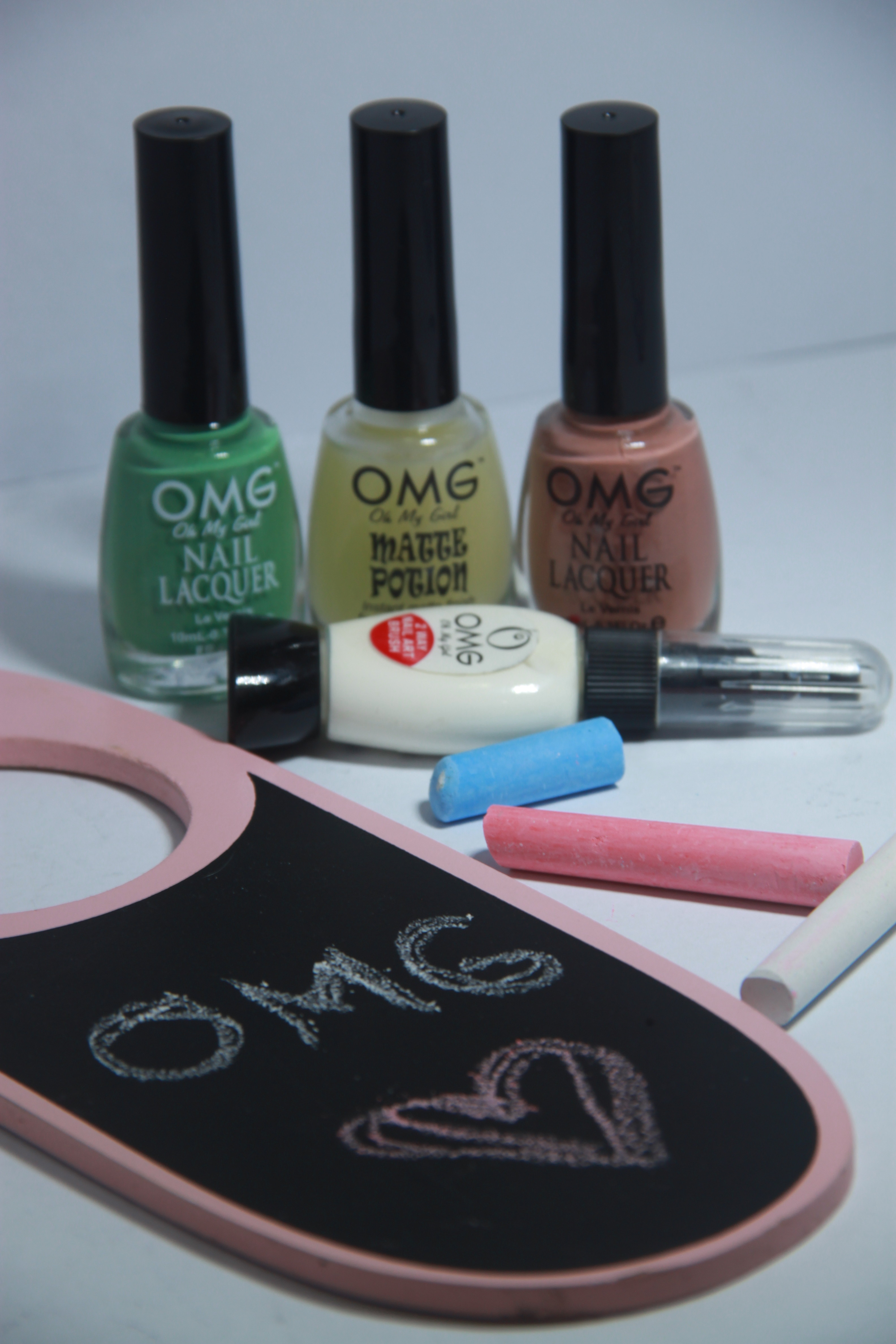 Back-to-school inspired nail art as easy as 1..2..3